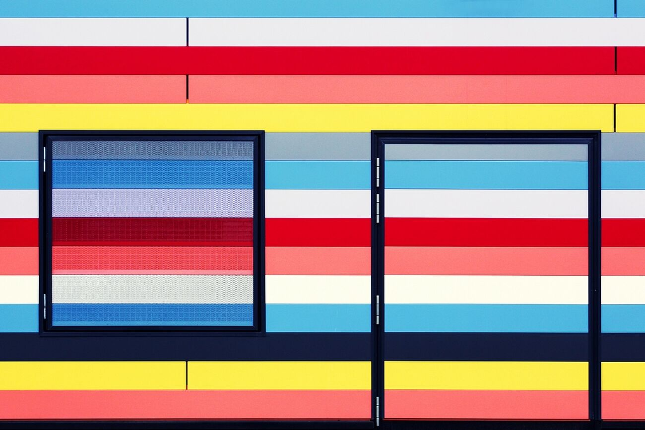 Windows and stripes