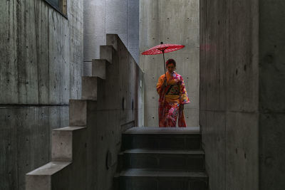 JAPAN - ASIAN TOURIST DRESSED AS AN APPRENTICE GEISHA